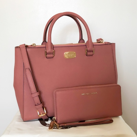 5e1a810f5bf3 ... Satchel Set + Dusty rose selma. M 5b2d741aa31c33ad8f03b682